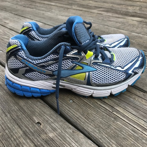 a87a89067a6 Brooks Shoes - Women s Brooks Ravenna Running shoes size 8